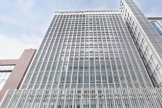 현대백화점 '형제경영' 한번 더…정교선 부회장 이사 재선임