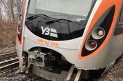 [단독] 현대로템 전동차 6량, 우크라이나서 탈선…사고수습 인력 급파