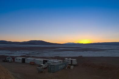 포스코, 아르헨티나 리튬 염호 개발 속도…샘플 채취